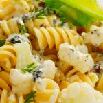 pasta-con-salsa-coliflor